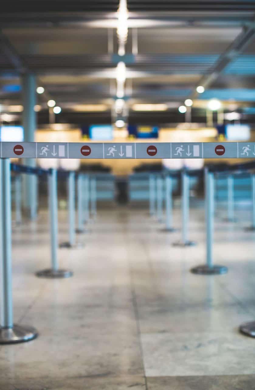 Nueva cepa del coronavirus: el Gobierno pedirá PCR y cuarentena obligatoria a los que lleguen del exterior y ampliará el cierre de fronteras