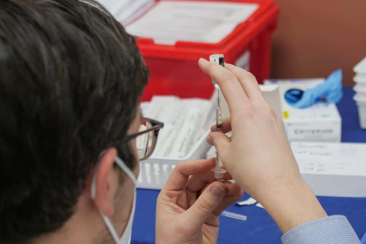 A heterologous recombinant adenovirus (rAd)-based vaccine