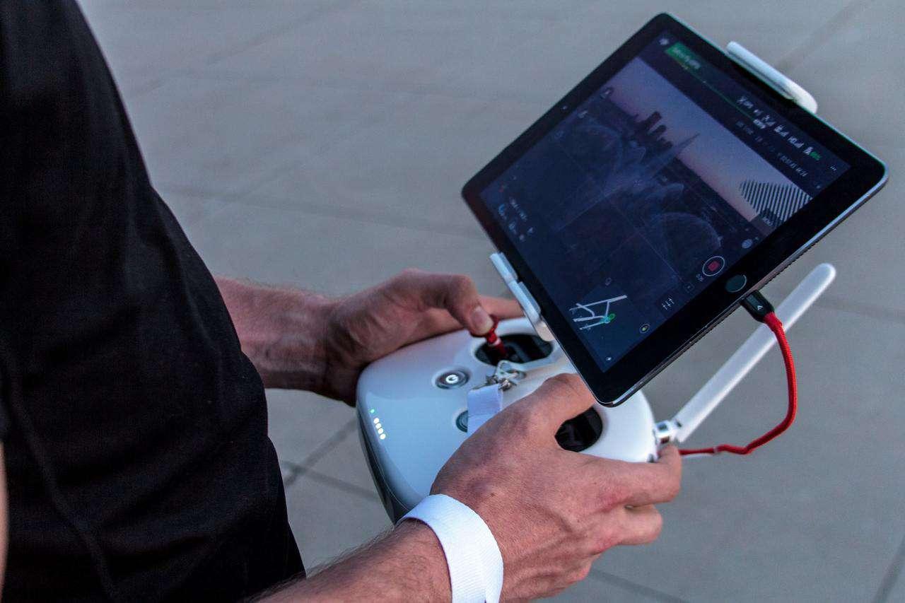 Demostraciones prácticas de la importancia de la física y la matemática, en el desarrollo tecnológico de drones.