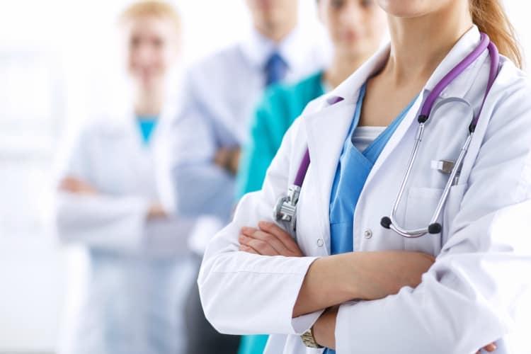 Lo que aprendieron los médicos en más de un año de tratar el Covid
