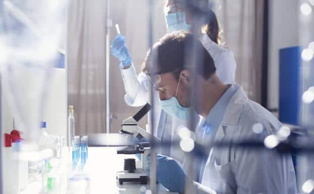 Protagonistas de una proeza. Quiénes son los científicos detrás de las vacunas contra el Covid-19