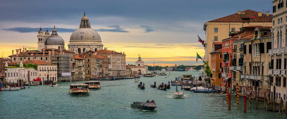 Italia reconocerá dosis no aprobadas por la UE a todos sus ciudadanos
